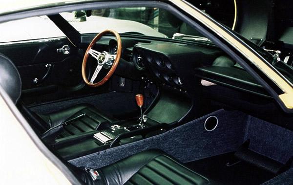 ランボルギーニ ミウラ P400S 内装